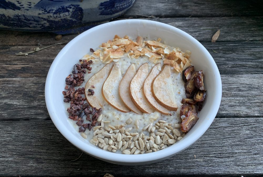 Transition to fall with this healthy hearty breakfast – Mosturizing Roast Pear, Chia Seed and Date Porridge